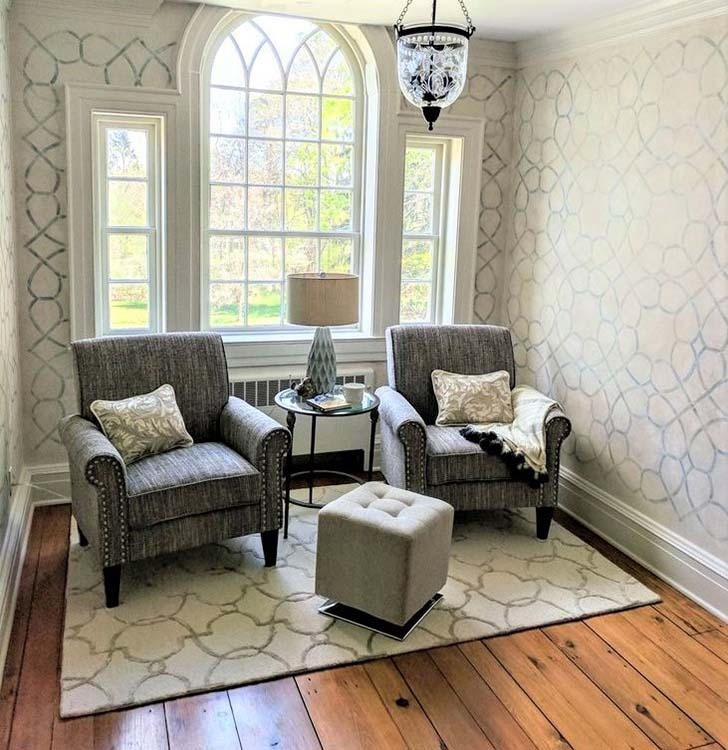 Sitting room with stenciled walls